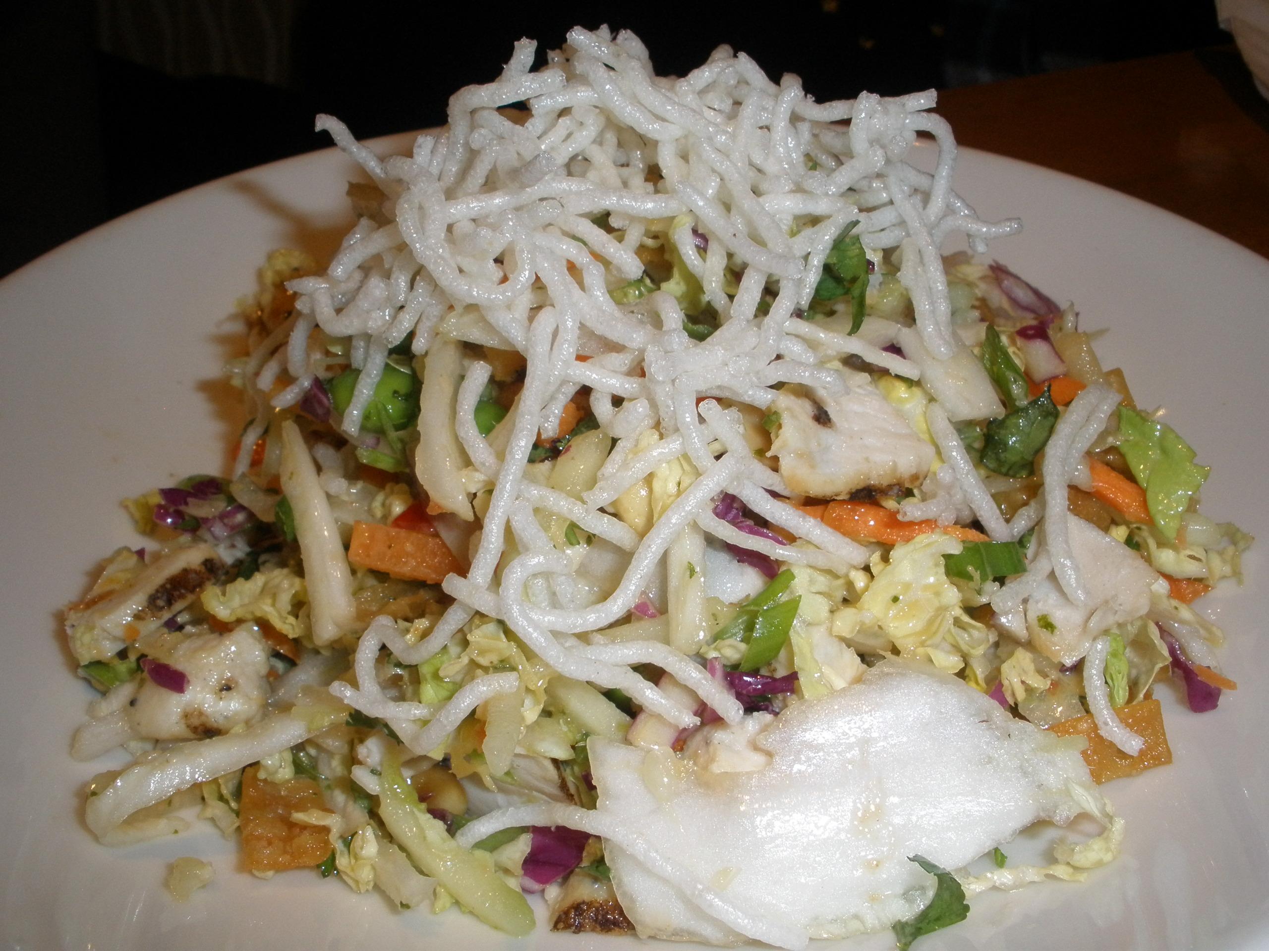California Pizza Kitchen Recipes Thai Crunch Salad Food Salad Recipes