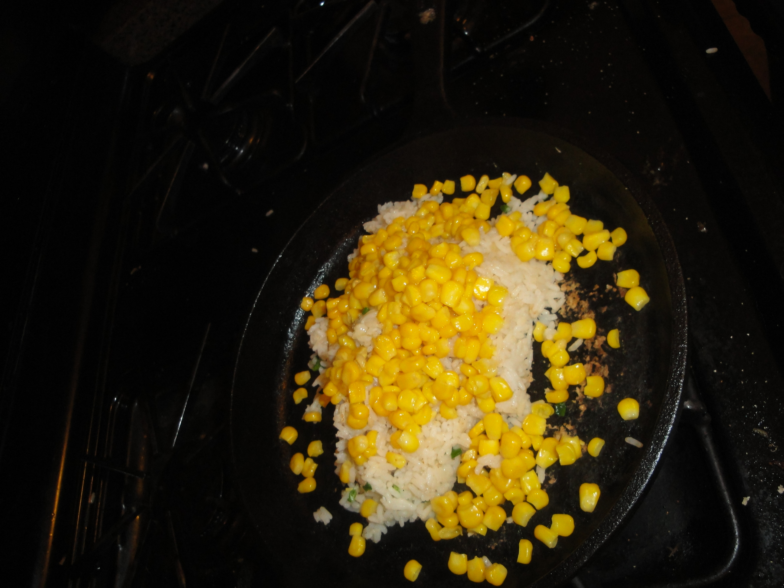 how to cook rice in a cast iron skillet